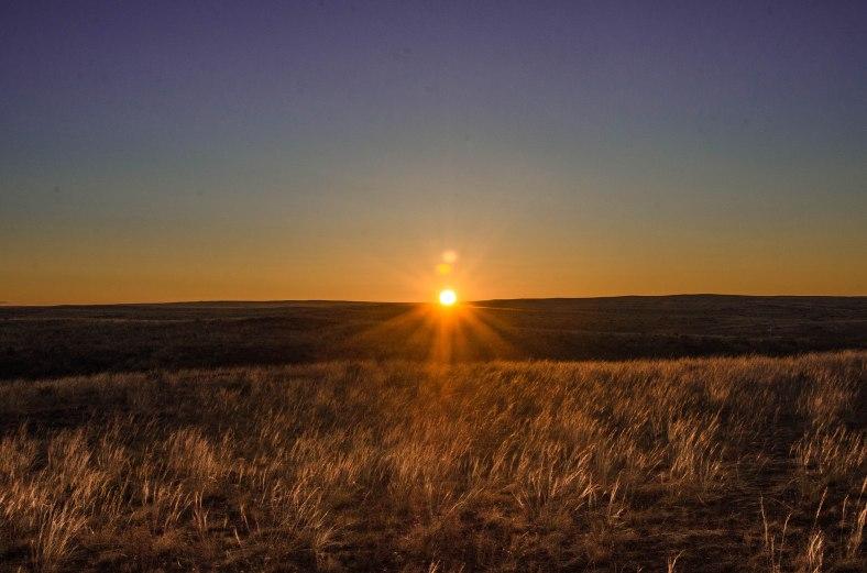 Dawn in Baga Gazriin Chuluu