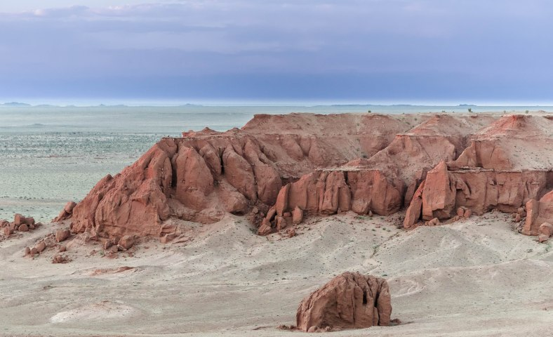 White Flaming Cliffs